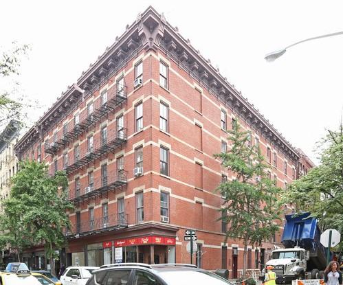 120 Christopher St New York NY  10014