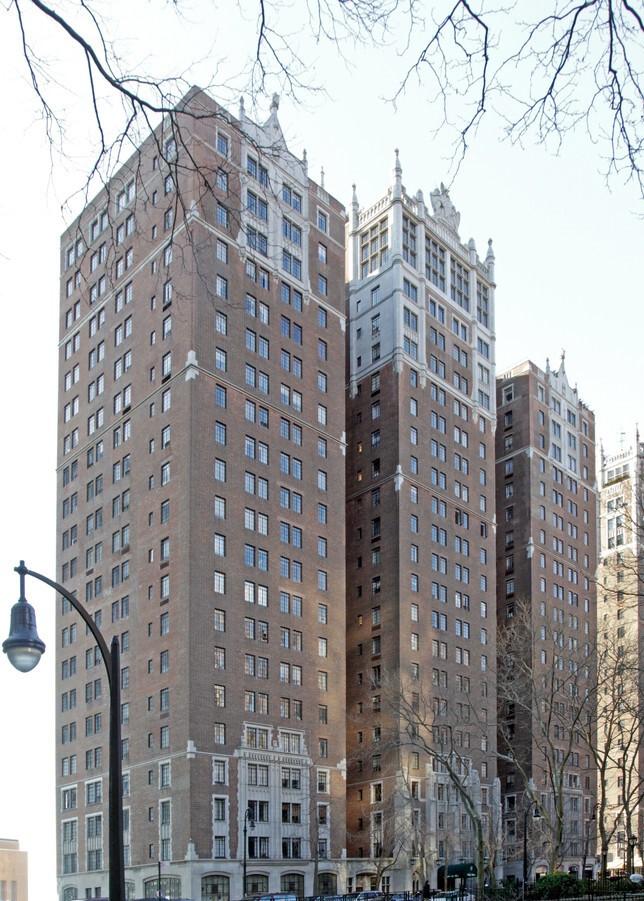 25 Tudor City Pl  New York NY  10017