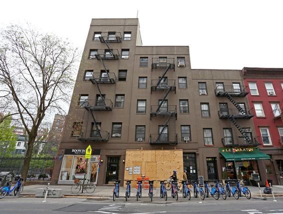 28 Greenwich Ave New York NY  10011