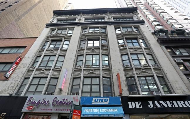 43 W 33rd St New York NY  10001