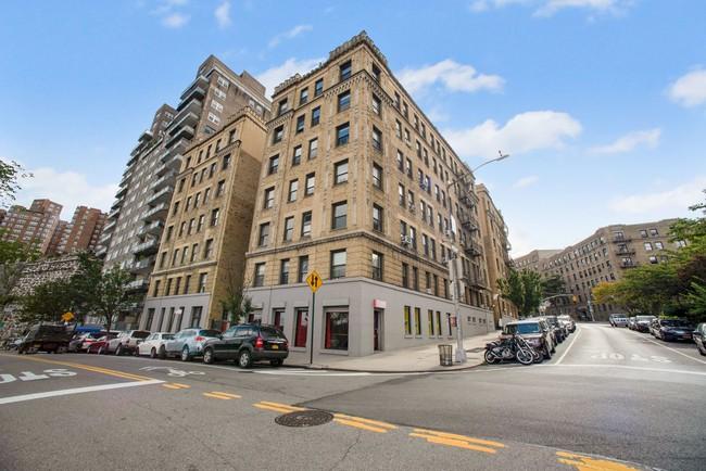 875 W 181st St New York NY  10033